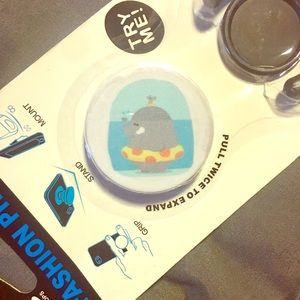 New in package pop socket and car mount